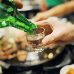 """Rượu bia nhiều quá, dễ """"tàn phá"""" dạ dày – làm sao để khắc phục ?"""