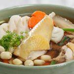 Món ngon cho người bị trào ngược – Canh gà hầm hạt sen